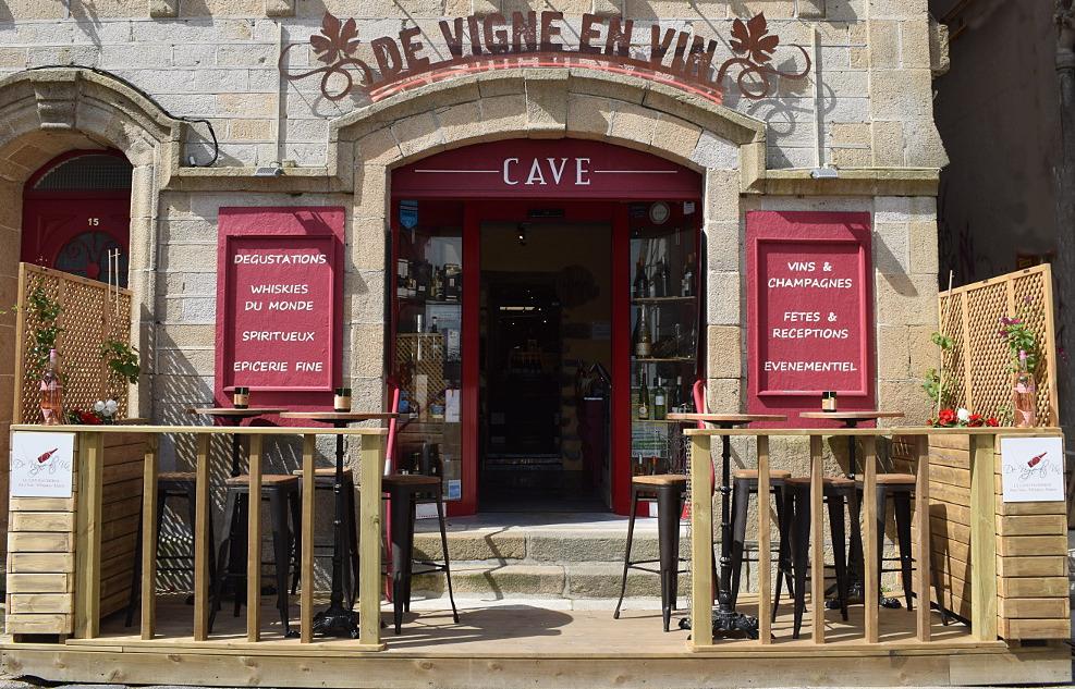 La cave DE VIGNE EN VIN port AUDIERNE Finistère Bretagne